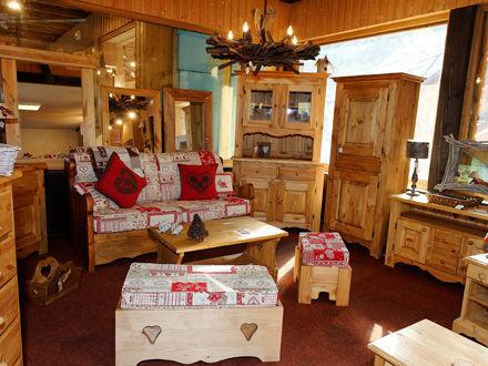 la boiserie meubles bourg d 39 oisans 38520. Black Bedroom Furniture Sets. Home Design Ideas