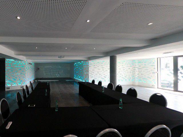 Location bureaux St-Marcellin Chatte, Salle de réunion, Espace co-working