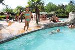 """Nyonsoleïado"", un parc aquatique en plein centre ville !"