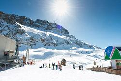 Oz-en-Oisans, la station familiale qui voit le ski en grand