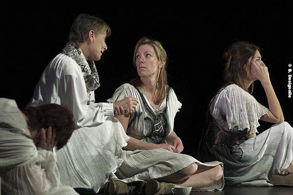 """""""Albertine, en cinq temps"""" Théâtre drame contemporain à Le Laussy"""
