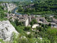 Visite guidée du village de Vogüé en juillet et août