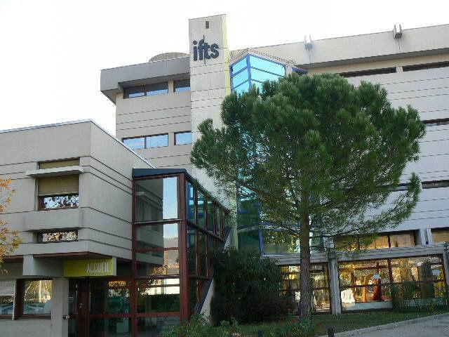 Formations qualifiantes travailleurs sociaux Grenoble Isère (38)