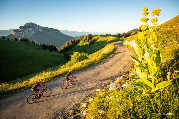 S'évader à vélo sur les routes et chemins de l'Isère