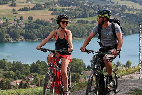 Itinéraire de vélo : le tour du lac de Paladru